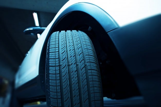 Car Tyre - The Advantages Of New Tyre's Over Used